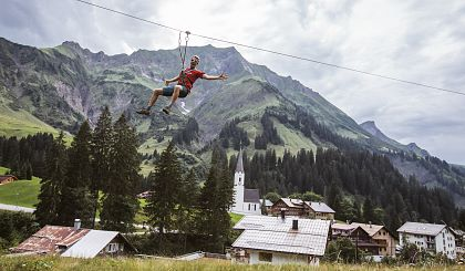 Pure action on holiday at the Arlberg